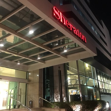 Sheraton Vitoria Restaurant Photo