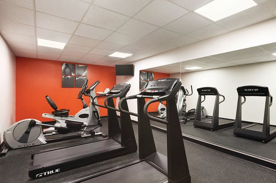 Capitol Heights, MD: Health club