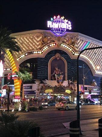 Las vegas harrah hotel and casino lotr bfme 2 full game download free