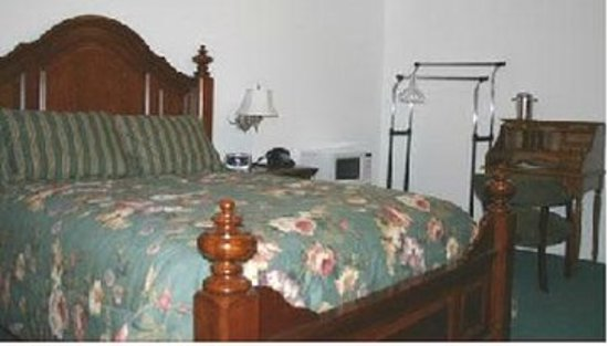 Loa, UT: Guest room