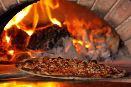 Excursão de pizza e coquetéis em...