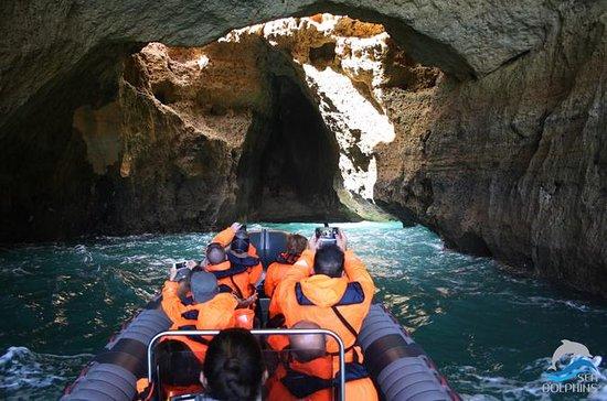 Tour della grotta di Benagil