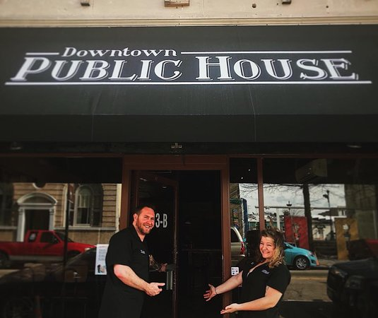 ‪Downtown Public House‬