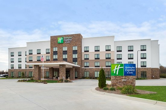 Holiday Inn Express & Suites - Monroe
