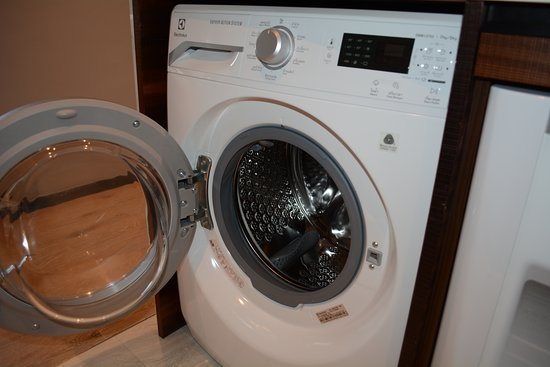 2 bedroom apartment, clothes washer/dryer unit - Picture of ...