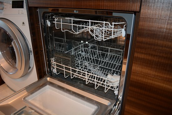 dishwasher in kitchen of 2 bedroom apartment - Picture of ...