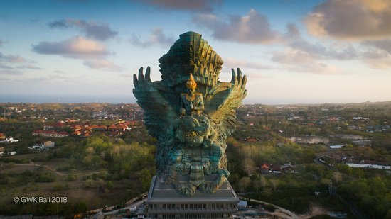 Ungasan, Indonésie : The Garuda Wisnu Kencana from above