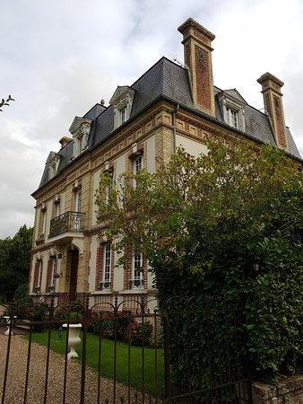 Saint-Martin-aux-Chartrains, Francia: Un endroit au calme merveilleux