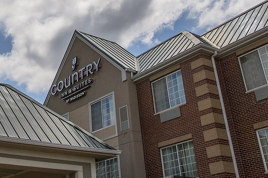 Country Inn & Suites by Radisson, Valparaiso, IN