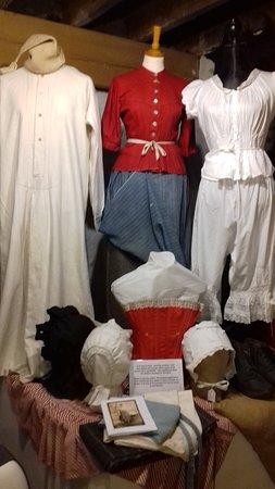 Dalgarven Mill: costumes