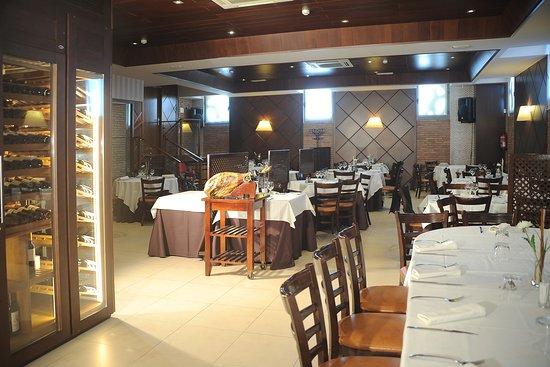 Meco, Hiszpania: Fotografía del Salón Principal de Restaurante DMadrid