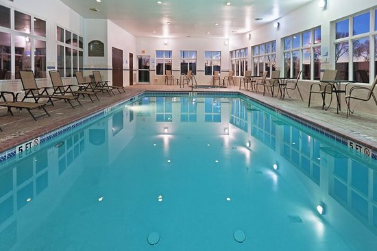 Holiday inn express hereford updated 2018 prices hotel reviews tx tripadvisor for Hotel shambala swimming pool price
