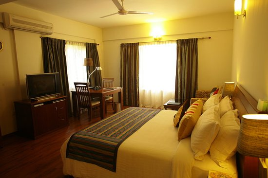 juSTa Off MG Road, Bangalore: Guest room