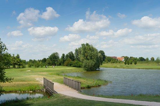 Ihr 4 Sterne Hotel im Golfresort Gernsheim - Ảnh của Hotel Absolute, Gernsheim - Tripadvisor