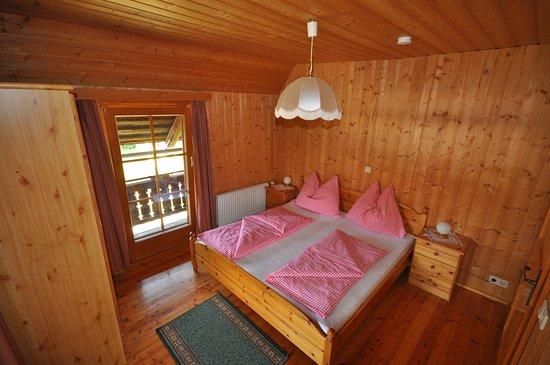 Schlafzimmer Apartment 2 Schlafz Picture Of Zum Kramer Gasthof