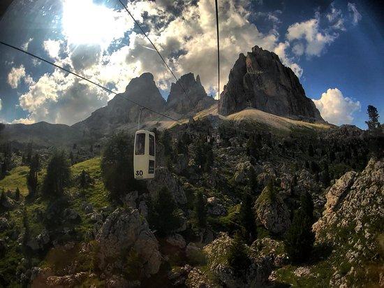 Валь-Гардена, Италия: Passo Sella