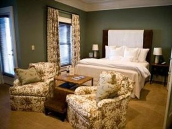 The James Madison Inn: Guest room
