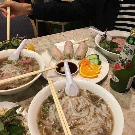 aj vietnamese noodle house brisbane restaurant reviews. Black Bedroom Furniture Sets. Home Design Ideas