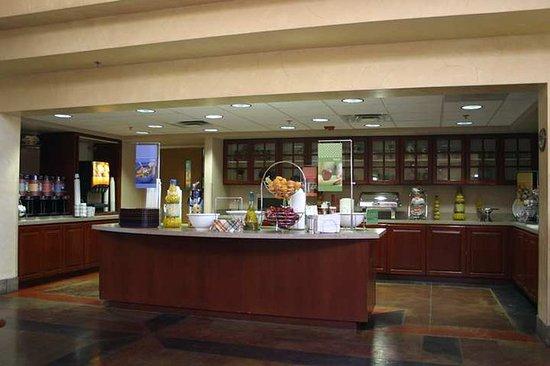 hampton inn suites phoenix scottsdale arizona hotel. Black Bedroom Furniture Sets. Home Design Ideas
