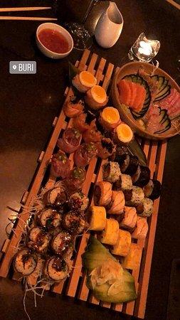 Buri - Sushi: combinado de 50 peças