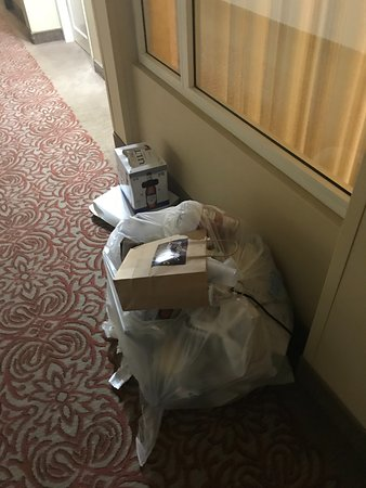 Wayne, PA: Trash in halls for days