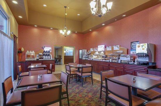 Oakdale, CA: Restaurant