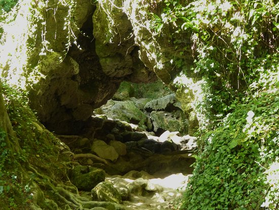 Roquefort-les-Cascades, Frankrike: roquefort les cascades