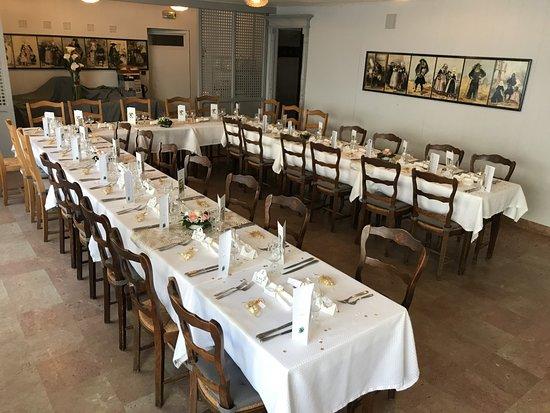 """Le Faou, Frankreich: Repas de groupe salle """"3M"""""""