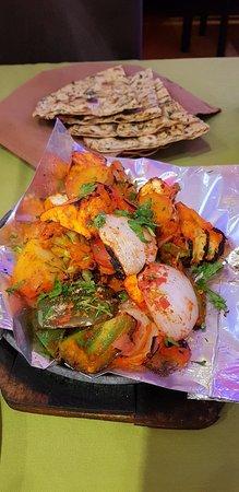 Ganesh Indian Restaurant Da Lat: 20180910_181541_large.jpg