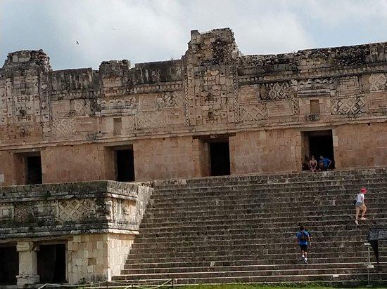 Muna, Mexico: Cuadrángulo de las Monjas.