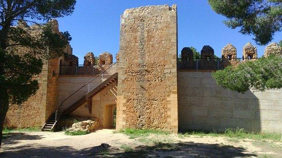 Anento, Spain: Castillo