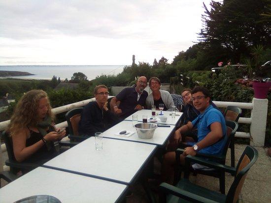 Telgruc-sur-Mer, Frankreich: petit rosé sur la terrasse