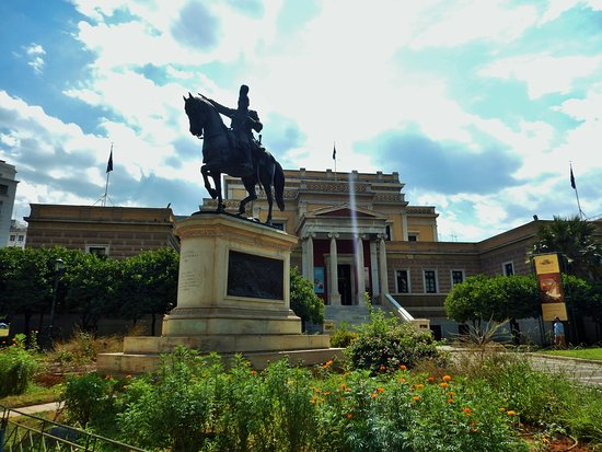 Kolokotroni Statue