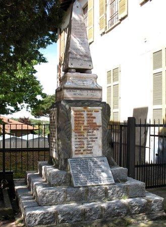 Monumento ai Caduti di Cocquio