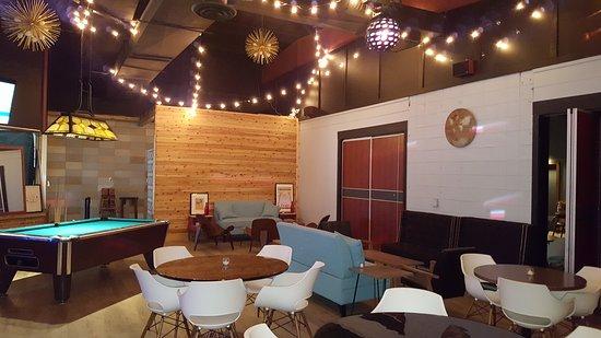 Streator, IL: Roamers Lounge
