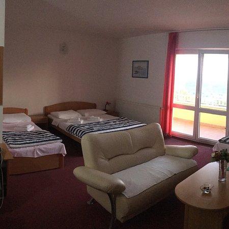Grude, Bosnia and Herzegovina: Bedroom