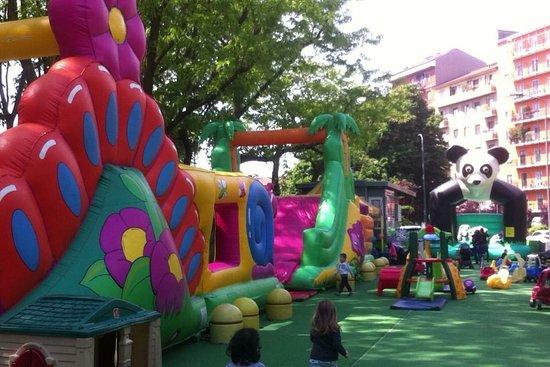Parco Giochi Gonfiabili - L'Isola Che Non C'è