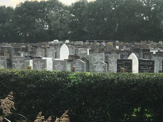 Joodse Begraafplaats Muiderberg