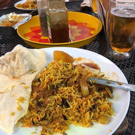 Sipson Tandoori Indian Restaurant: photo0.jpg