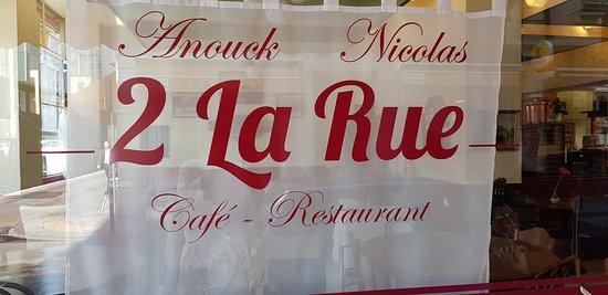 2 La Rue : nouveau nom, mêmes Patrons, Bienvenue