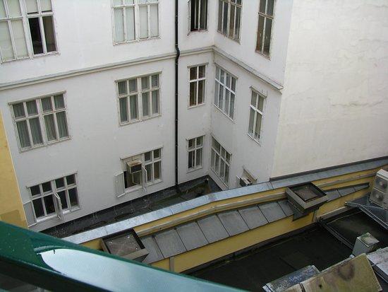 Hotel Post: vue depuis le balcon, 4ème étage