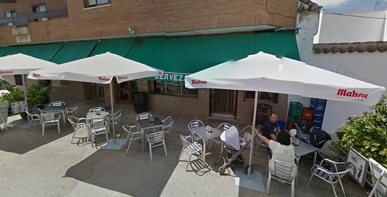 Almuradiel, Spagna: street tables