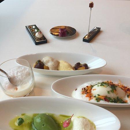 The Restaurant : photo8.jpg