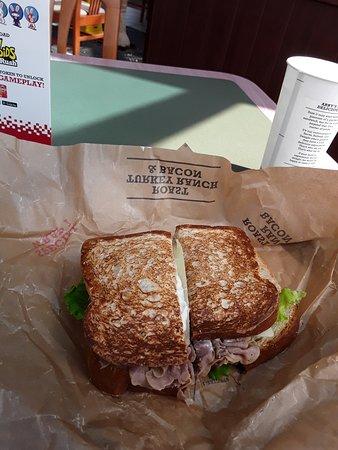 Delphos, OH: Market Fresh roast beef sandwich