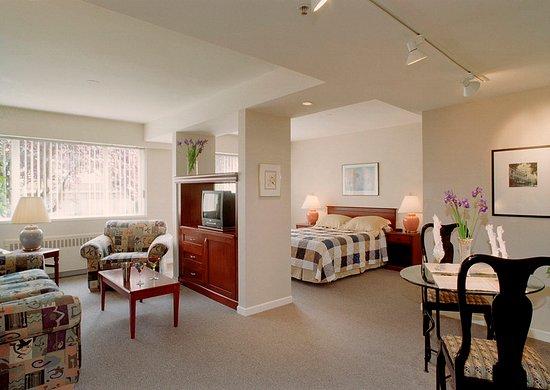 Rosellen Suites At Stanley Park: Suite