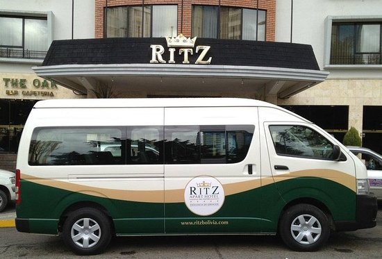 Ritz Apart Hotel: Business center