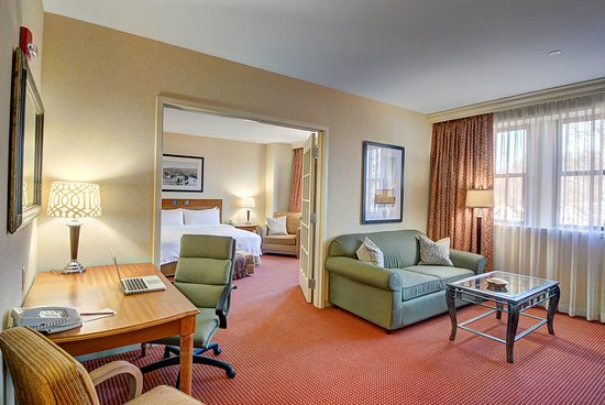 Southbridge, MA: Suite