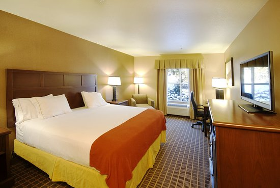 Holiday Inn Express & Suites - The Hunt Lodge: Guest room