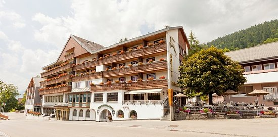 Wildhaus, Swiss: Exterior