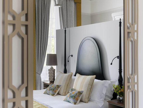 Queens Hotel Cheltenham - MGallery by Sofitel: Guest room